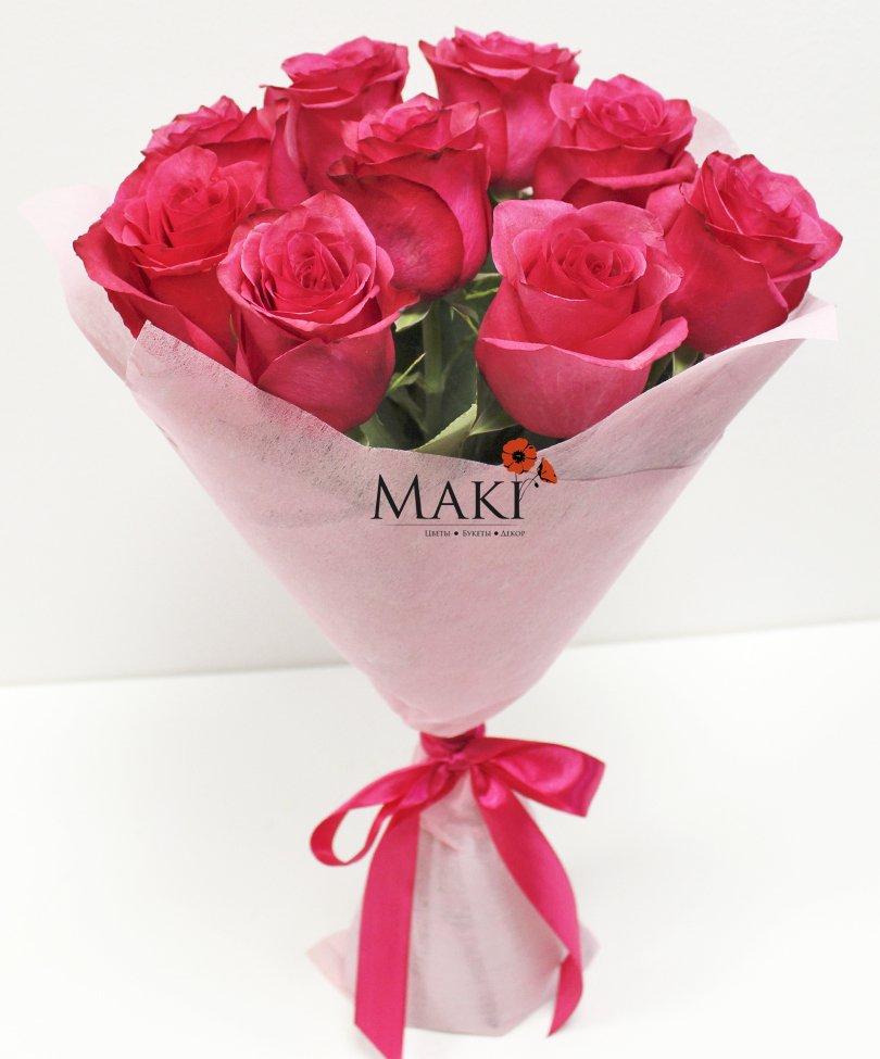 Букет из 9 розовых роз в фетре