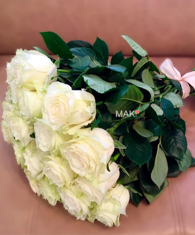 25 белых роз Premium