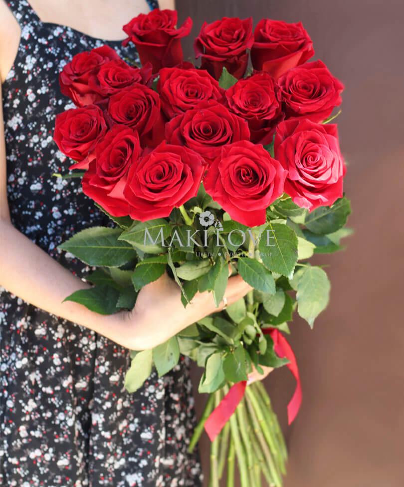Букет из 15 красных роз «Premium»