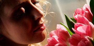 Почему на 8 Марта принято дарить тюльпаны?
