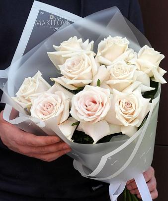 Букет из 9 роз «Самый лучший день»