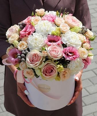 Букет разноцветных роз «Флорида» в коробе