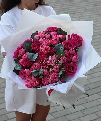 Букет «Мадонна» из кустовых роз