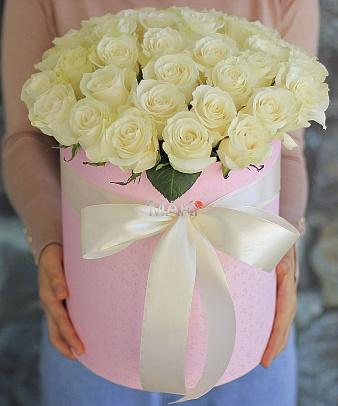 Букет роз в шляпной коробке «Пекин»