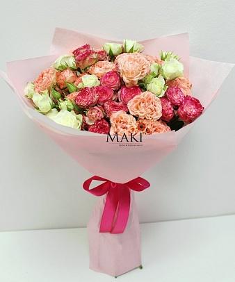 Букет из 15 кустовых роз